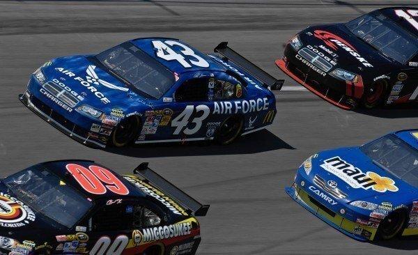 Stream Daytona 500